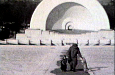 1949 Sioux City, IA Morrie with Mark at Bandshell in Grandview Park.